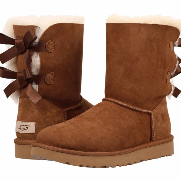 1c68f806f14 Ugg Women's Bailey Bow II Ankle-High Suede Boot 8M NWT